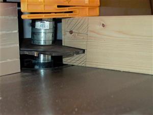 tischfr smaschine holz. Black Bedroom Furniture Sets. Home Design Ideas